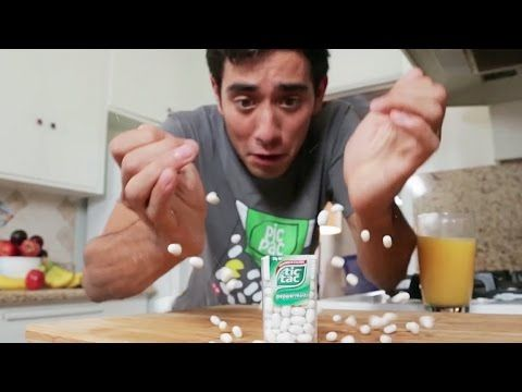 Trick Art on Hand - Cool 3D Hole Optical Illusion - YouTube