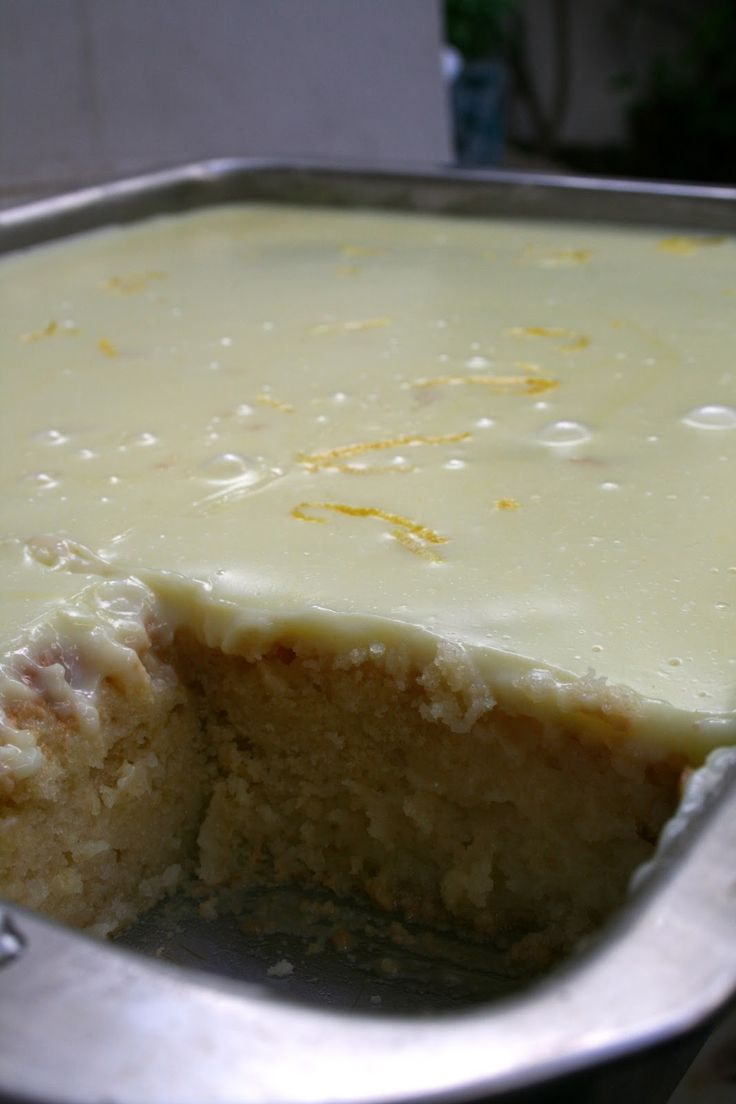 αλευρι που φουσκωνει500 γρ. αυγα3 ζαχαρη1 νεροποτηρο γαλα1/2 νεροποτηρο λαδι (σπορελαιο)1 ...