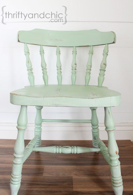 how to distress furniture (HoH158)