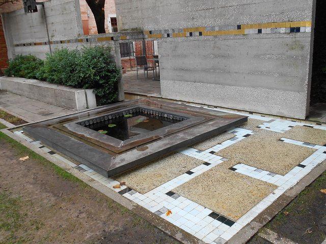 vasca, mattonelle, muro, acqua, giardino, Carlo Scarpa, fondazione Querini…