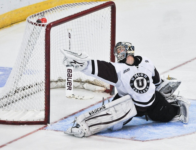 Union College Goalie Troy Grosenick Makes a Big Save Against Michigan State