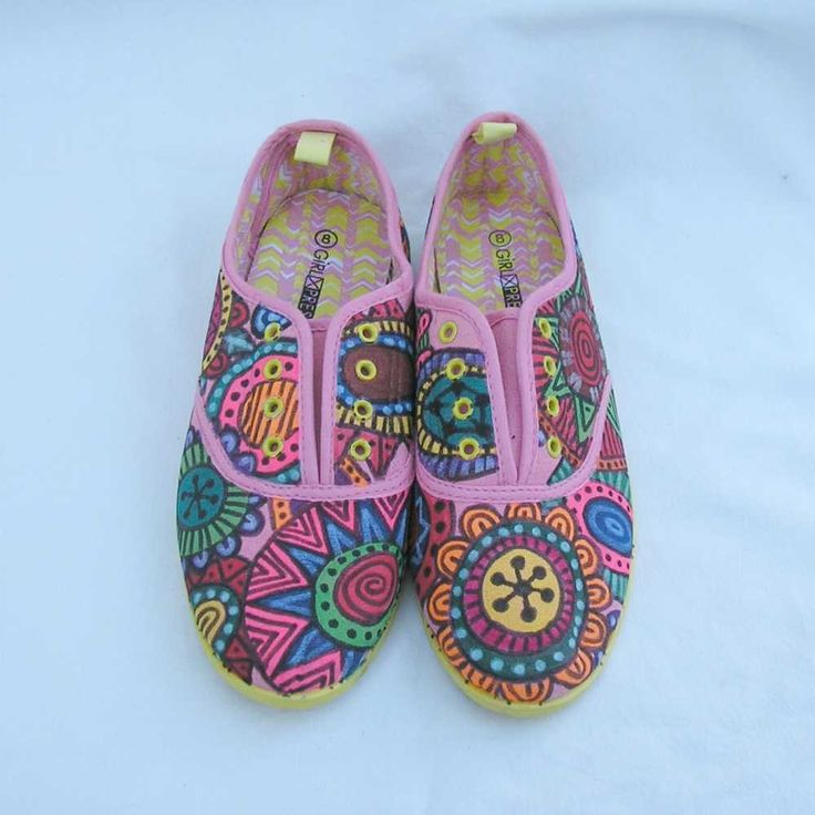 Hand painted Shoes, hand painted sneakers, hand painted sandshoes, au 8 EU 39 US 8, pink, upcycled, art to wear, wearable art, OOAK by Rethreading on Etsy
