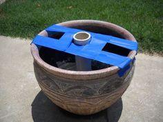 Topf mit Beton auffüllen und oben mit Muscheln oder Glassteinen dekorieren und unten Rollen dran!