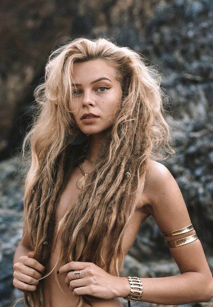Boho Locs Hippie Locs In 2020 Half Dreaded Hair