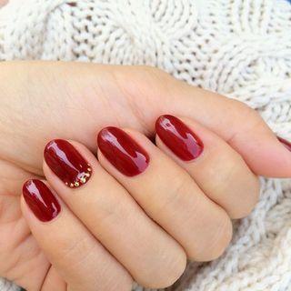 秋こそ楽しむこっくり深みのある赤 ボルドーマニキュア5選