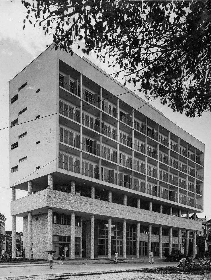 Hotel Amazonas (edifício Ajuricaba). Manaus. Acervo: Moacir Andrade.