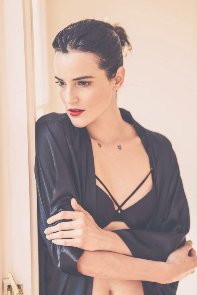 La gran Renata Ruiz posando para Love Lust! Aquí pueden ver nuestro sostén del conjunto ROMA! Encuéntralo en nuestra página: www.lovelust.cl