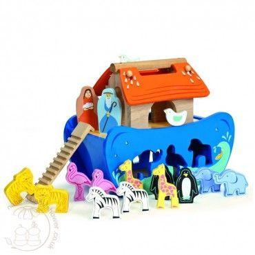 Le Toy Van - Noah's Shape Sorter www.naturalbabyshower.co.uk/le-toy-van-noah-s-shape-sorter.html