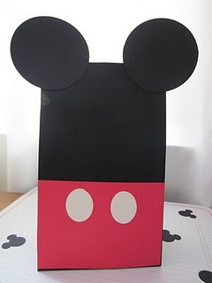 DIY favor bags for Mickey Mouse Party (add a bow for minnie!)