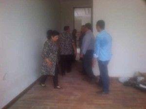 pemasangan kali ini kami mendapatkan pesanan dari anak presiden ke 6 republik indonesia, yaitu Edhie Baskoro Yudhoyono, sungguh nilai plus bagi kami , di percayakan untuk memasangkan lantai kayu di kediaman yang berada di kuningan. oke lantai kayu indonesia akan mengshare beberapa pemasangan lantai kayu di kediaman Edhie Baskoro Yudhoyono