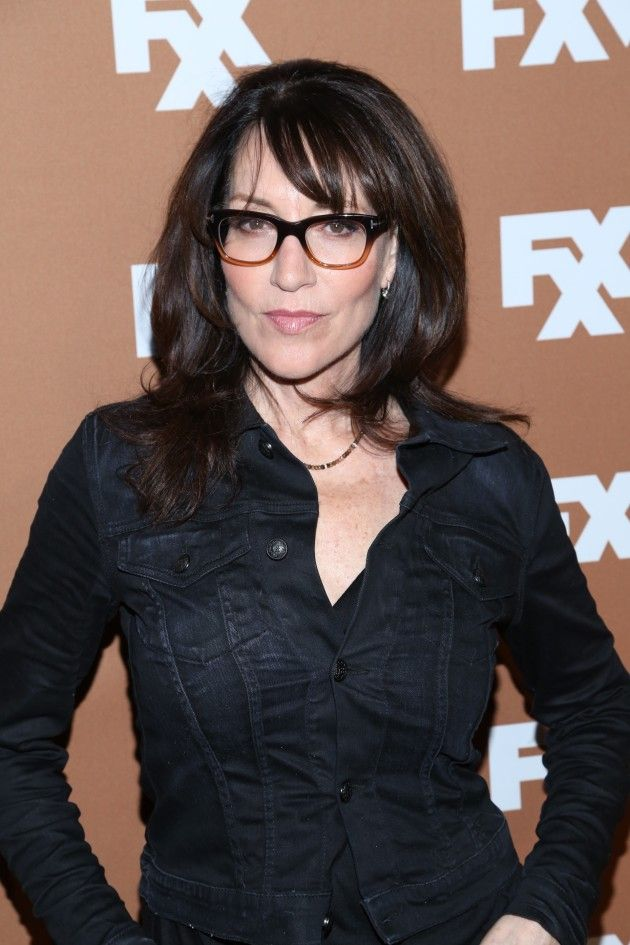 Katey Sagal Cast as Arties Mom on Glee!