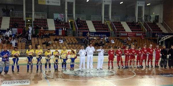 La selección de Colombia clasificó a los cuartos de final del Mundial femenino de hockey sobre patines, que se juega en la ciudad francesa de Tourcoing, al derrotar este miércoles en los penaltis a la de Japón.