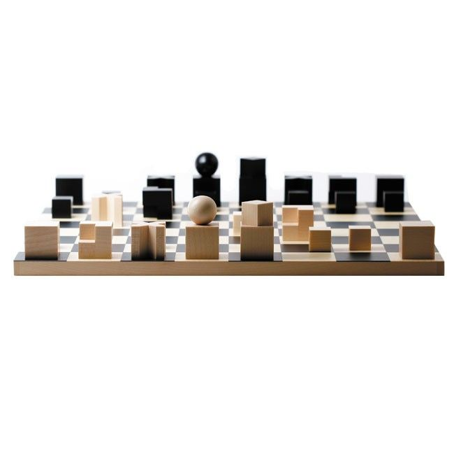 Bauhaus Chess Set by Naef | Guggenheim