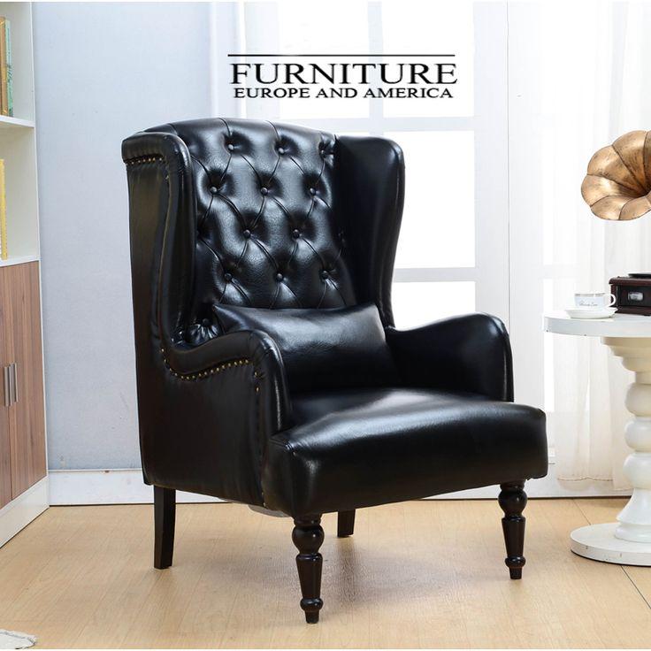 Черное высокое кресло с подушкой и обивкой из натуральной кожи и каркасом из массива дерева https://lafred.ru/catalog/catalog/detail/44670384350/