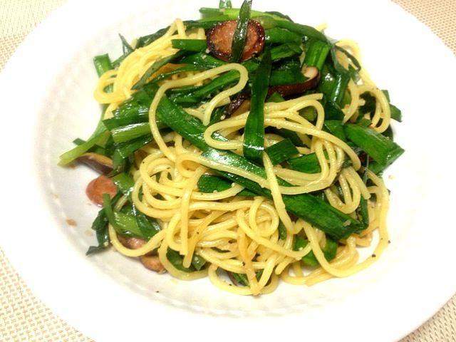 塩だれとニラと好きな野菜を混ぜるだけ♪( ´▽`) - 13件のもぐもぐ - 簡単塩焼きそば by ranya