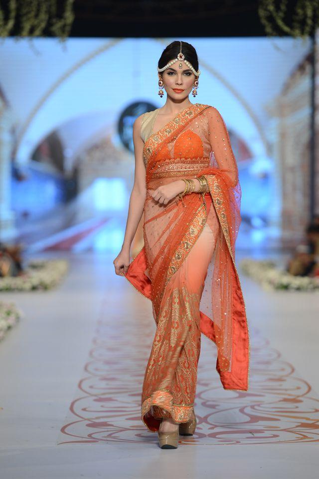 Deepak Perwani Bridal Collection at PBCW 2014