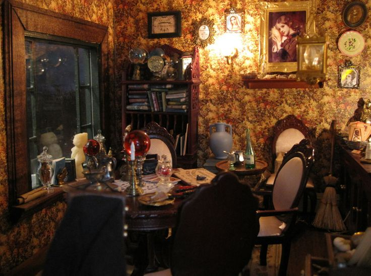 17 best images about dollhouses miniatures on pinterest for Haunted dining room ideas