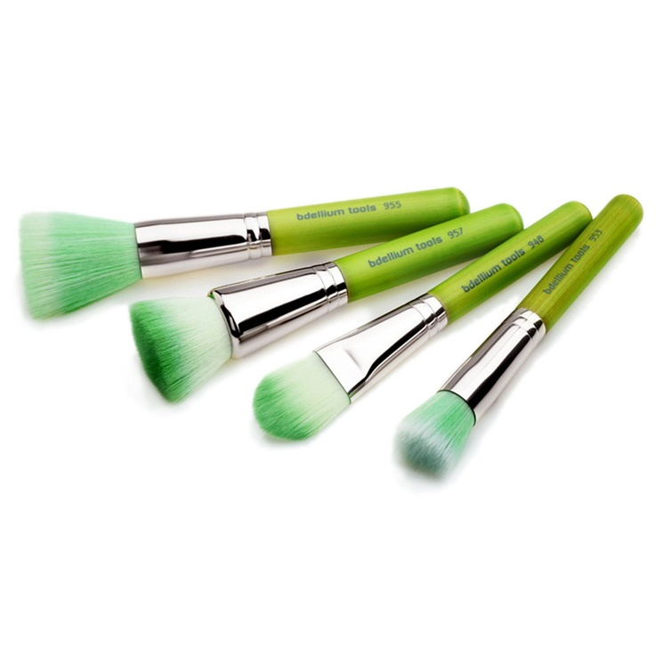 Foundation Brushes Set Green, I would be the goofball that uses these the entire month of March ladie