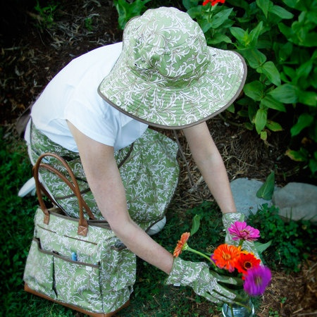 I Want This Gardening Gear From Angelau0027s Garden!
