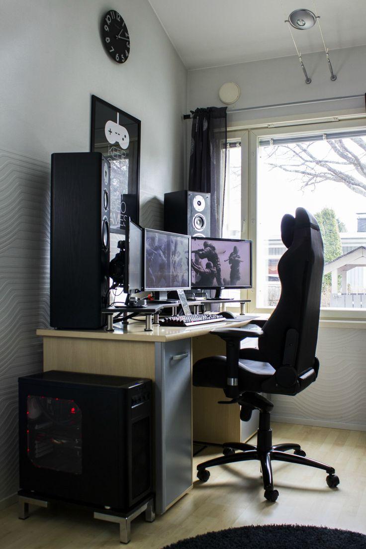 Minimal Desks Simple Workspaces Interior Design Photo