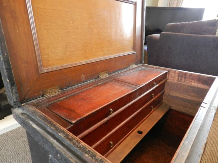 mahogany victorian cabinet makers tool chest great coffee table - Tool Cabinets