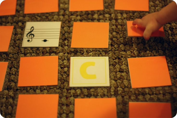 Free Piano Download: Musical Memory Game! Get your student off of the bench and learning in fun ways!