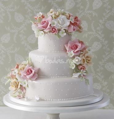 Pasteles de bodas con flores