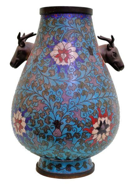 48-Belo e raro vaso em cloisone chinês do séc. XIX, corpo cilindrico em formato de gota com p