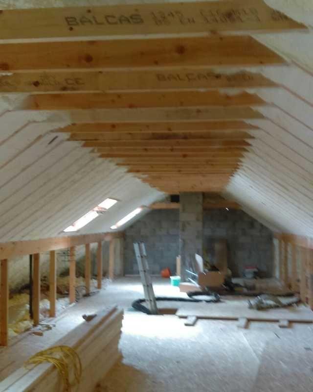 Open Cell On Rafters In Attic Spray Foam Insulation Spray Foam Insulation Cost Spray Foam