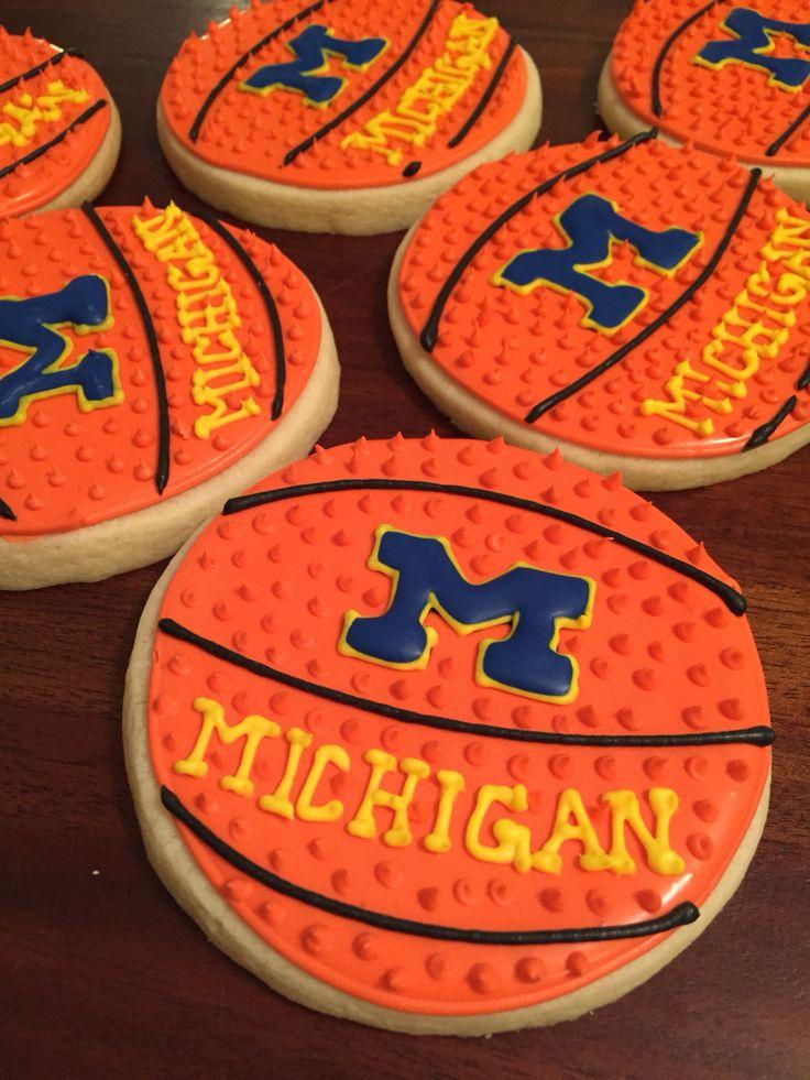 U of M basketballs for a wolverine christmas!!  Parchmentpatriot.com #parchmentpatriot