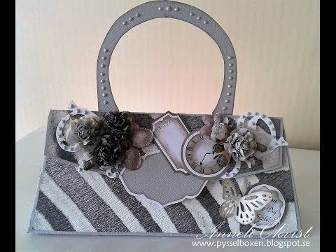 A Purse in grey and white
