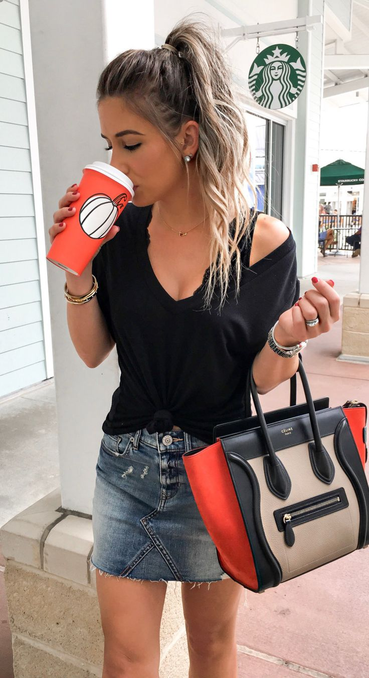 #fall #outfits women's black scoop-neck t-shirt and black-and-brown leather tote bag