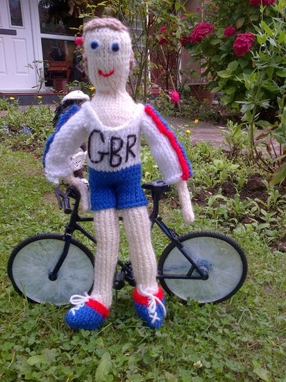 Knitted Team GB cyclist awesomeness