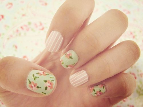 flowers and stripesNails Art, Nailart, Nails Design, Cute Nails, Flower Nails, Spring Nails, Shabby Chic, Vintage Floral, Chic Nails