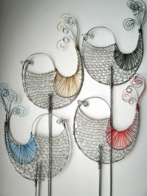 knitted? : from wire to thread???  Oh yes.  So beautiful! love to try this