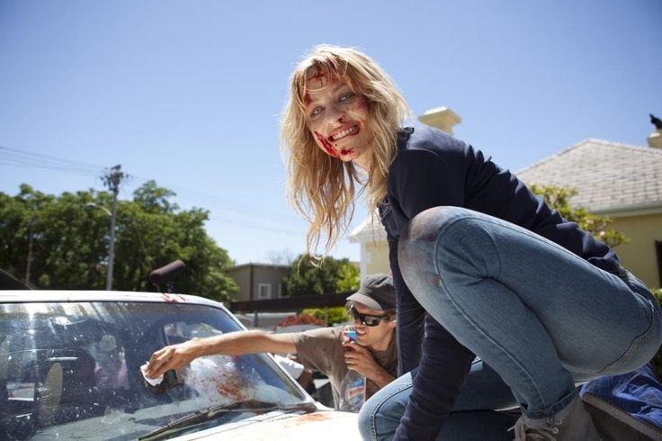 Box Office : 9月22日~24日の全米映画ボックスオフィスBEST10の第7位 - ホラー映画「フレンド・リクエスト」が、2,500館規模の全米公開映画として史上最低のワースト・オープニング成績の不名誉な新記録を達成!! | CIA Movie News | Friend Request, Horror, News, Box Office, Simon Verhoeven, Alycia Debnam-Carey, Brit Morgan, Liesl Ahlers, William Moseley - 映画 エンタメ セレブ & テレビ の 情報 ニュース from CIA Movie News / CIA こちら映画中央情報局です
