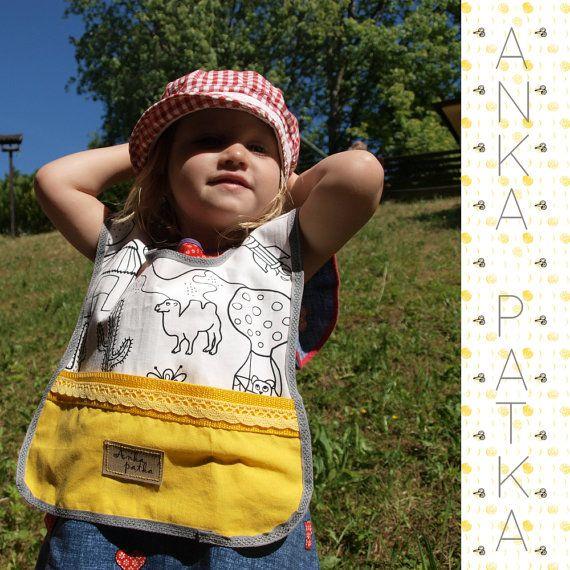 Baby Bib with Pocket - PDF Pattern and Tutorial