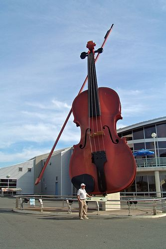 Huge violin in Cape Breton, Nova Scotia