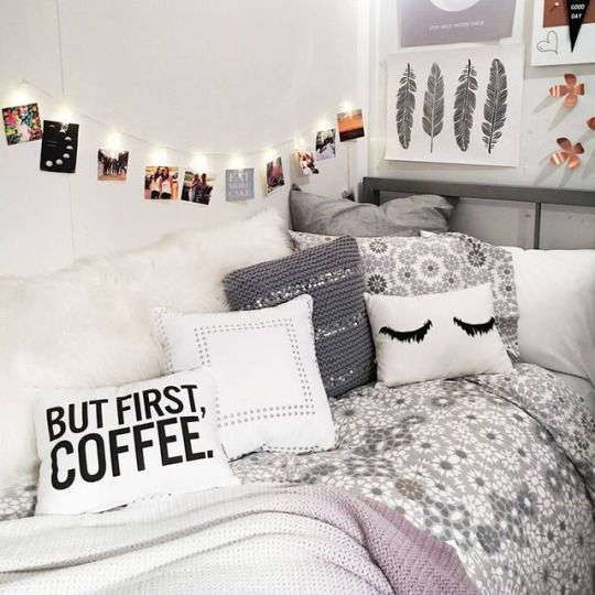 Best 25 teen room decor ideas on pinterest for Apartment bedroom decoration