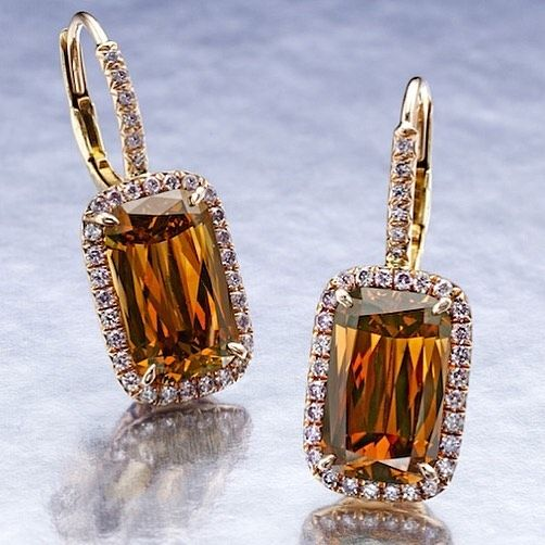 William Goldberg Coloured Diamond Earrings.