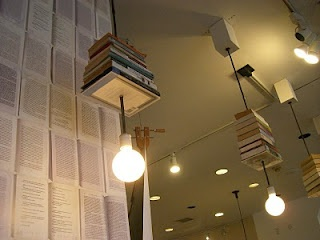 The Elegant Thrifter: Vintage and Thrift Shopping, Decorating and Entertaining with Elegant Flair: Reuse & Repurpose: Book Lights