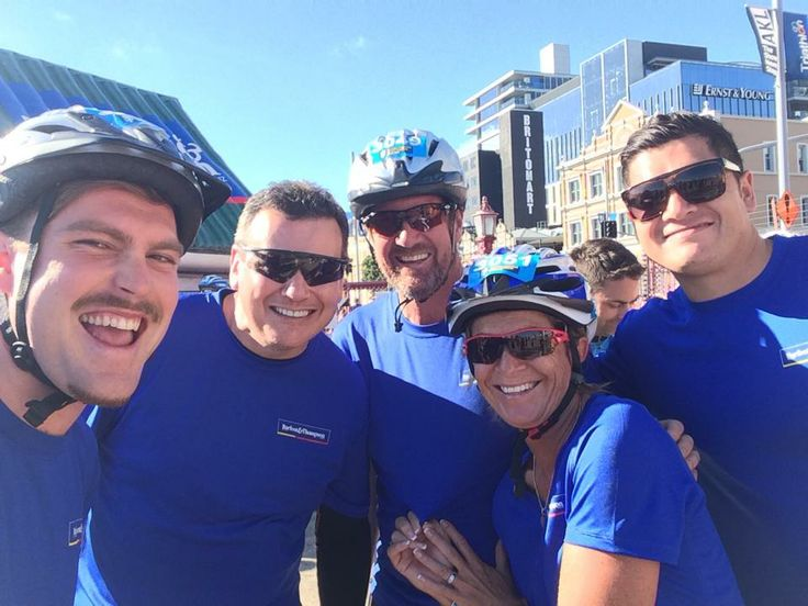 One of our awesome 2014 Barfoot & Thompson Triathlon teams! #barfoothompson #triathlon #winning