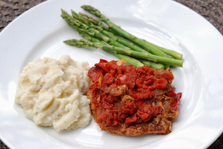 marys bites: Smothered Pork Cube Steaks // Paleo recipe