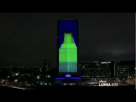 deadmau5 lights up London with amazing 4D projection - NOKIA Lumia Live - YouTube