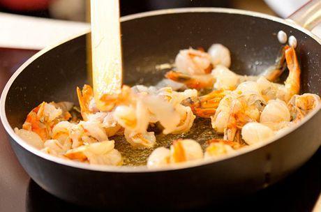 Ať už budete krevety vařit, nebo smažit, udělané jsou za minutu. | na serveru Lidovky.cz | aktuální zprávy