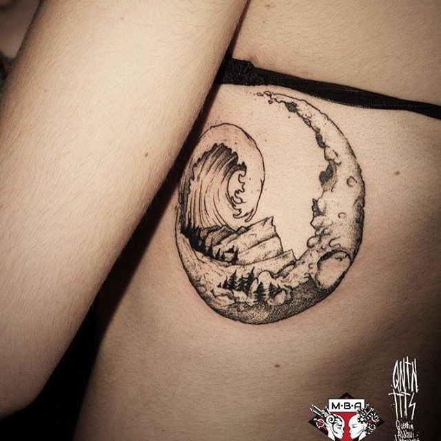 Moon tatouage lune et vague, tableau asiatique
