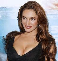 Kelly Brook as Scarlett