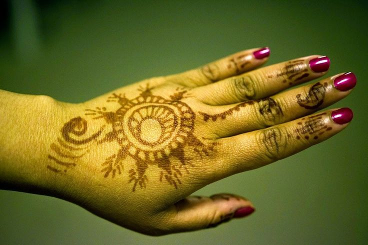 Of Lights, Laddu and Mehendi