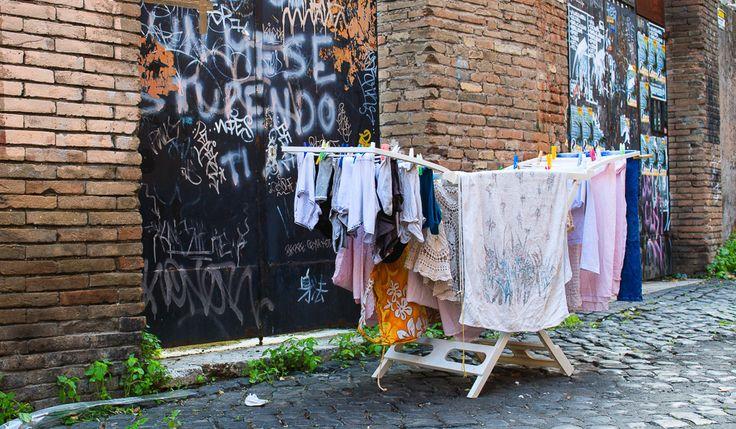 Små gader udforskes i Rom... Overraskelser om hvert et hjørne!
