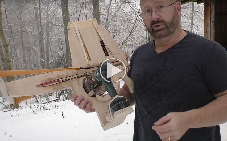 Jörg Sprave bygger fuldautomatisk armbrøst